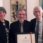 Alain Forget reçoit<br>le Prix de l'amitié germano-canadien